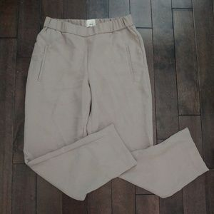 Aritzia Wilfred High Waisted Stretch Pants Size 6